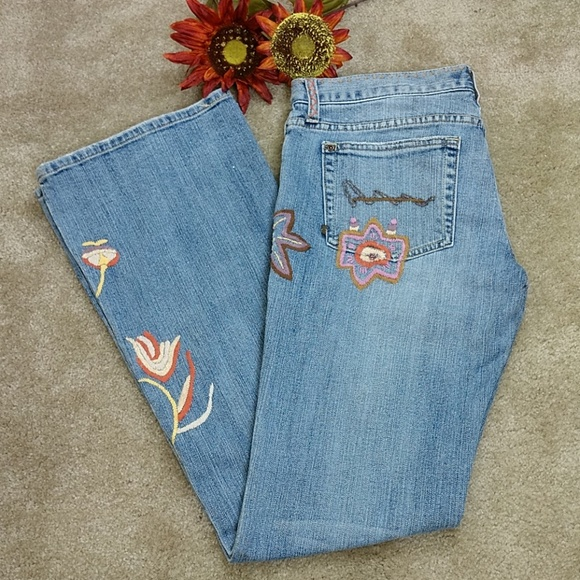 Switch USA Denim - Switch USA Embroidered Flare Leg Jeans Sz 31